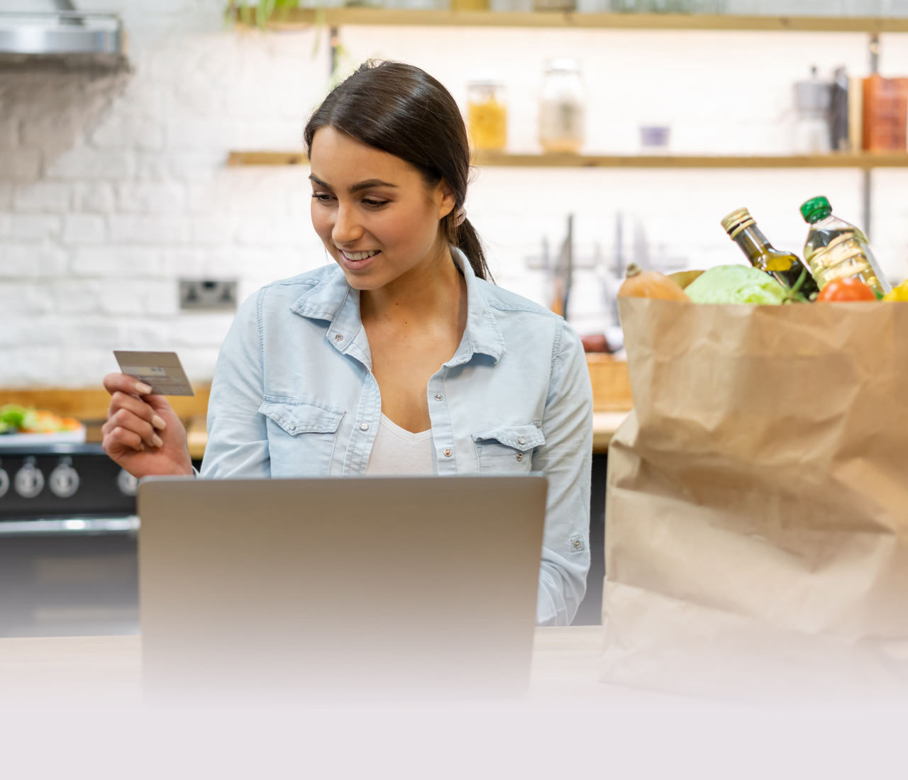 Scale-up Grocery E‑commerce Order Fulfilment and Contactless Pick-up