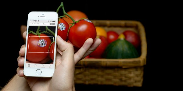scanning vegetables with iphone