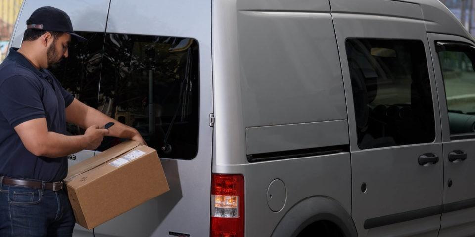 worker scans package