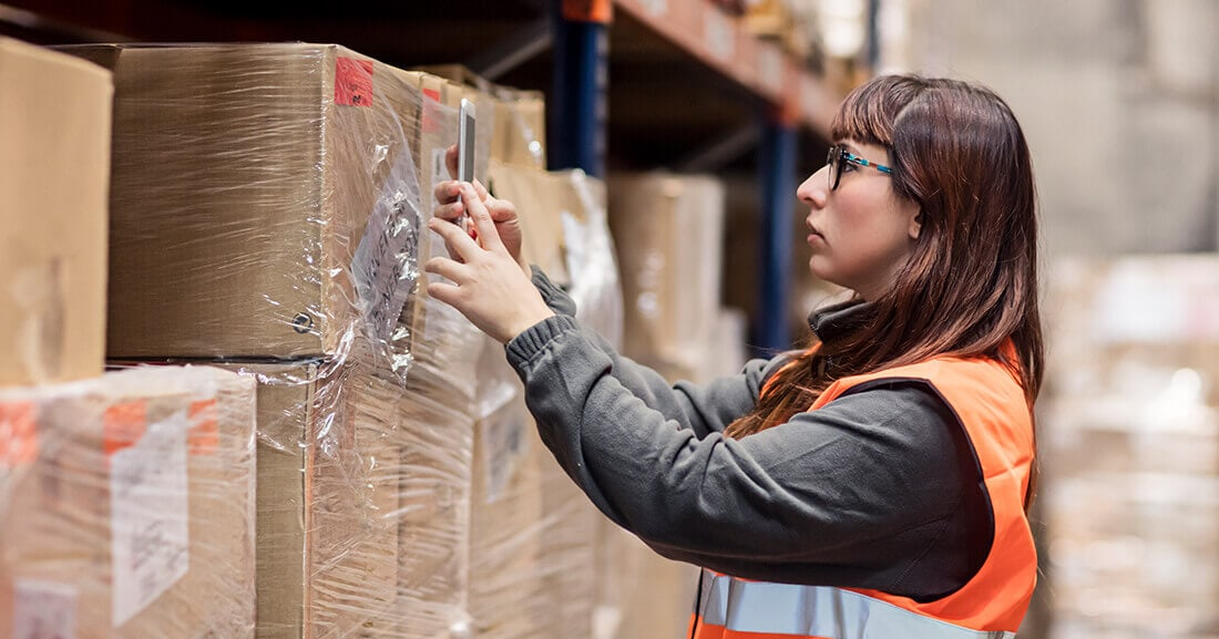 transforming-supply-chain-operations-mobile-age-blog