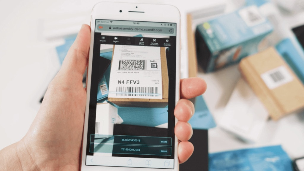 scan barcode with smartphone