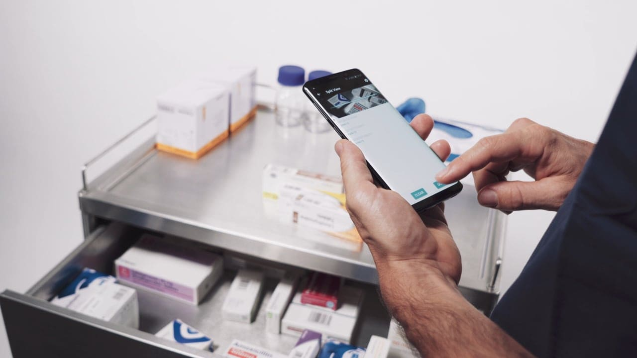 using smartphone for medication