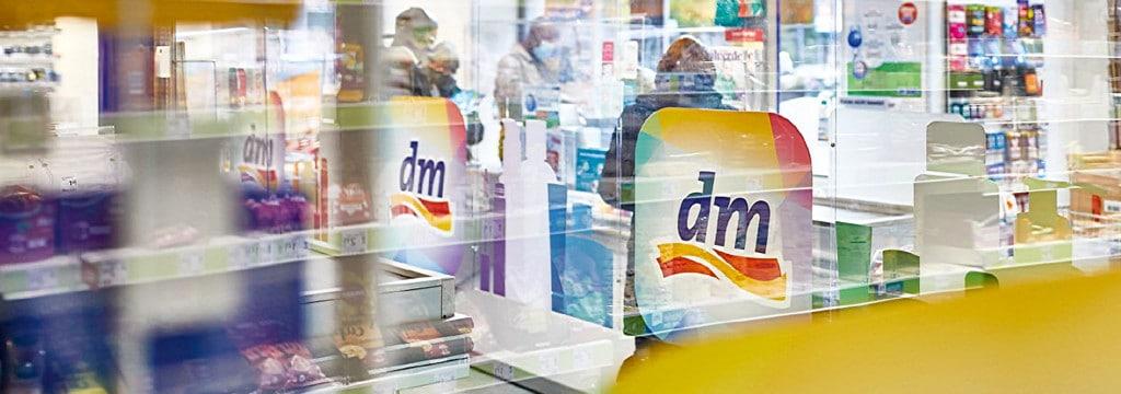 DM logo in store