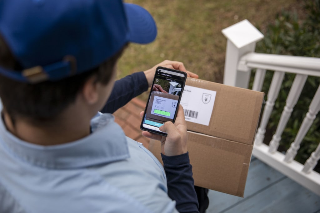 Last mile delivery barcode scanning on smartphone