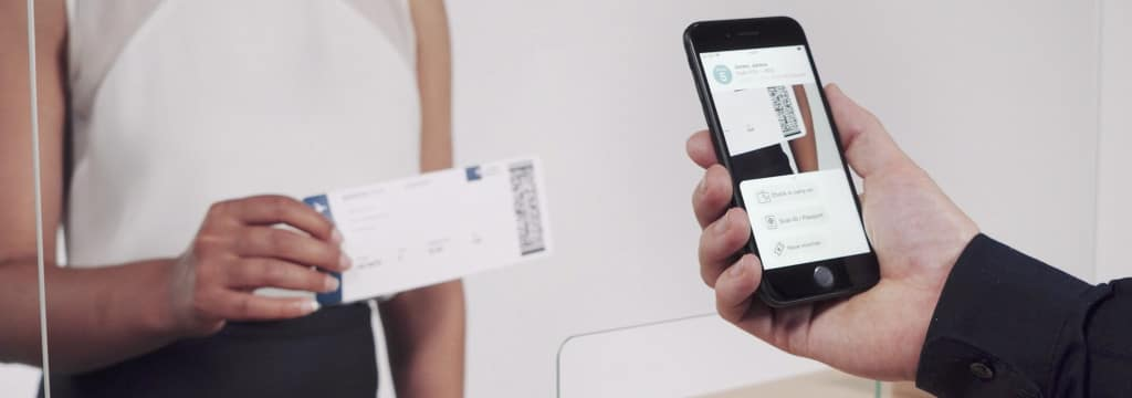 Contactless Air Travel with Mobile Barcode-Scanning