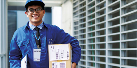 Last mile delivery firms shift to smartphone-based technology